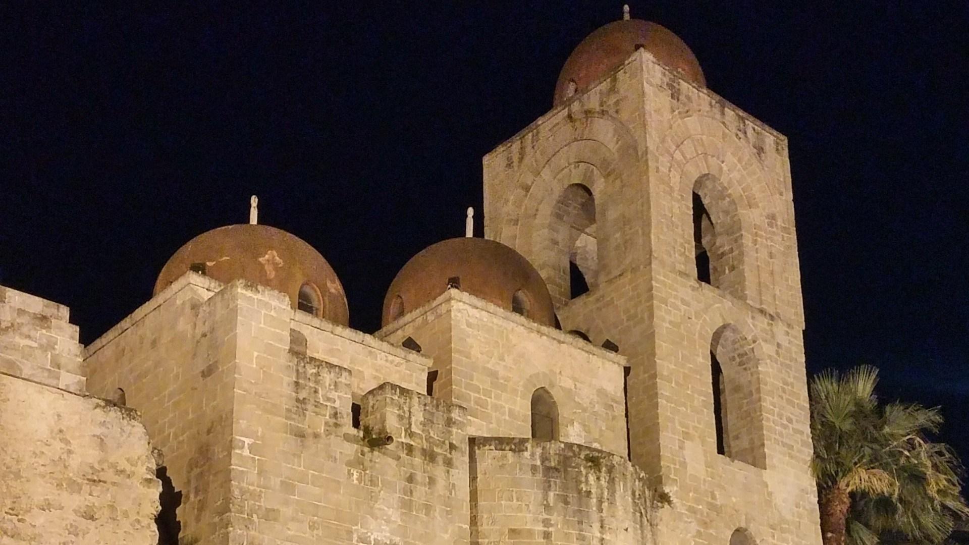 San Giovanni degli Eremiti, le cupole di Palermo